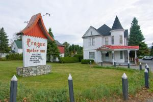 Prague Motor Inn Lake Placid