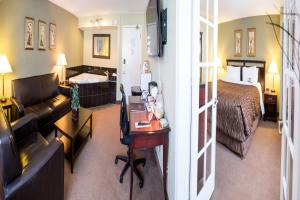 Chateau Regina Hotel and Suites, Hotels  Regina - big - 7