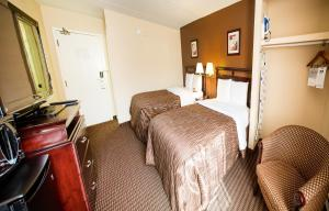 Chateau Regina Hotel and Suites, Hotels  Regina - big - 8