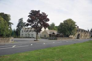 Photo of The Crown Of Crucis Country Inn And Hotel