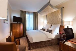 Warwick Brussels - Grand Place: hotels Brussels - Pensionhotel - Hotels