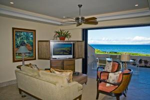 Premium Two-Bedroom Oceanfront