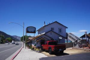 Photo of Yosemite Gateway Motel