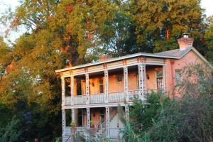 Photo of Corners Mansion Inn   A Bed And Breakfast