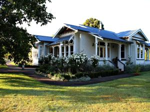 Darcy House Bed And Breakfast