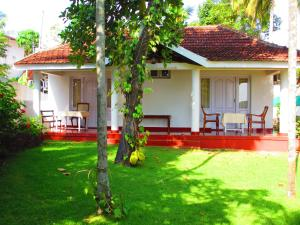 Carl Dale Backwaters Vacation Home