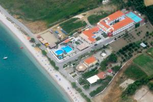 Photo of Zefiros Beach Hotel