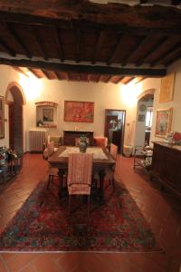B&B Villa La Luna, Bed and Breakfasts  Troghi - big - 10