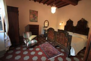 B&B Villa La Luna, Bed and Breakfasts  Troghi - big - 6