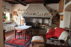 B&B Villa La Luna, Bed and Breakfasts  Troghi - big - 15