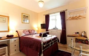 Wayside, Bed & Breakfasts  Norwich - big - 12