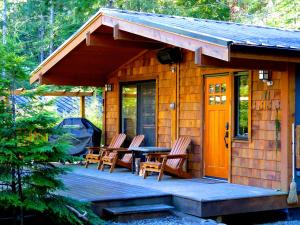 Photo of Handsome Dan's Wild Coast Guest Cottages