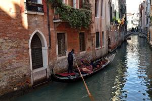 Photo of Charming Venice Apartments