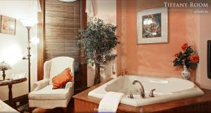 Luxury Room with Spa Bath