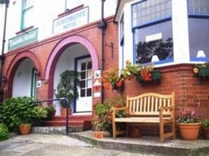 Northcote Hotel - B&B in Scarborough, North Yorkshire, England