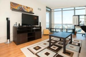 Pelican Suites At Harbourview Estates