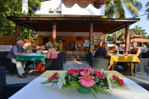 Silver Sands Sunshine - Angaara, Hotels  Candolim - big - 59