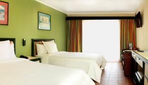 Superior Double Room (3 adults + 1 child)