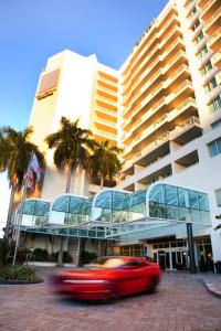 Photo of Gallery One   A Double Tree Suites By Hilton Hotel