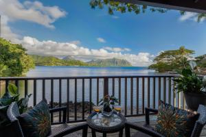 Two-Bedroom Cottage - Water Front