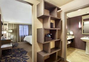 King or Two Double Room with CIty View