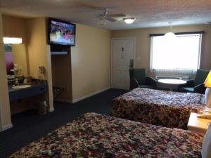 Deluxe Room with Two Double Beds- Non-Smoking
