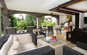 Three Bedroom Gardenview Villa
