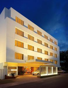 Photo of Deccan Rendezvous By Hotel Surya
