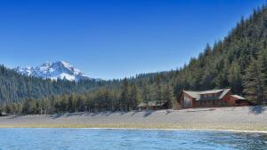 Photo of Kenai Fjords Wilderness Lodge