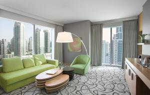 Suite Lit King-Size Prestige - Vue sur Littoral et Sheikh Zayed Road (3 Adultes)