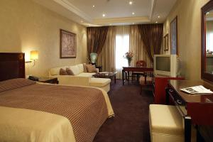 Theoxenia House Hotel