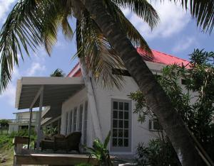 Photo of Bequia Beachfront Villa Hotel