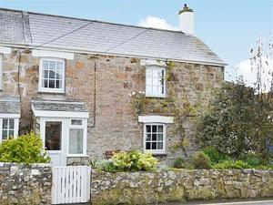 Churchtown Cottage in Cubert, Cornwall, England
