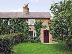 Finch Cottage in Saleby, Lincolnshire, England