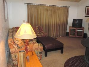 Photo of Two Bedroom Deluxe Townhouse Unit #9 By Snow Summit Townhouses