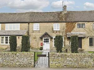 Appletree Cottage in Lower Slaughter, Gloucestershire, England