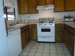 Photo of Two Bedroom Deluxe Townhouse Unit #72 By Snow Summit Townhouses
