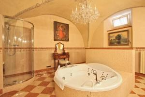 Alchymist Prague Castle Suites - 8 of 31