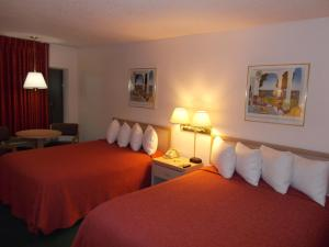 Value Double Queen Room