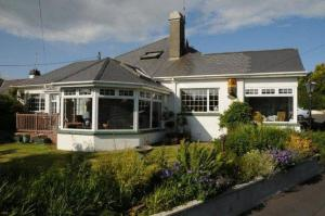 Cloneen House Bed &amp; Breakfast