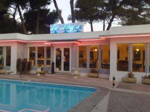 Citotel Le Mirage, Hotely  Istres - big - 42