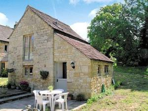 Cider House Cottage in Cheltenham, Gloucestershire, England