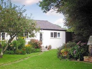 Chenies Cottage in Mitchell, Cornwall, England