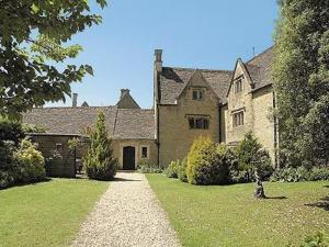 Foxes Manor in Lower Slaughter, Gloucestershire, England