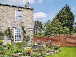 Westend Farm Cottage in Askrigg, North Yorkshire, England