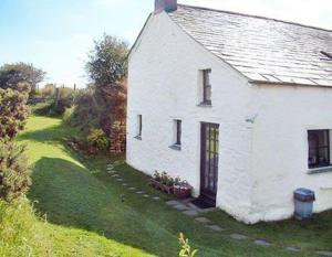 Little Cottage in Camelford, Cornwall, England