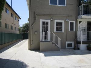 Boutique Studio   West Hollywood