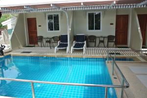 Sam Pool Villa Homestay