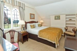 Hallmark Hotel Flitwick Manor (9 of 25)