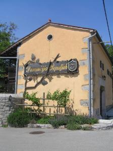 Photo of Guesthouse Domacija Sajna